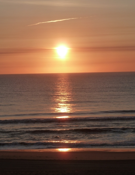 sunrise va beach